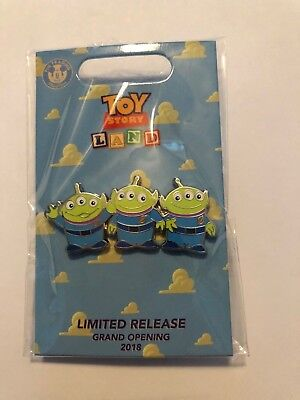 Disney Box Lunch Toy Story Land Grand Opening 2018 Limited Release Aliens Pin