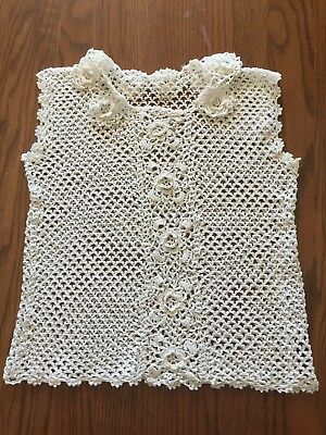 Vintage hand crocheted camisole with a collar of 8 flower medallions Size small