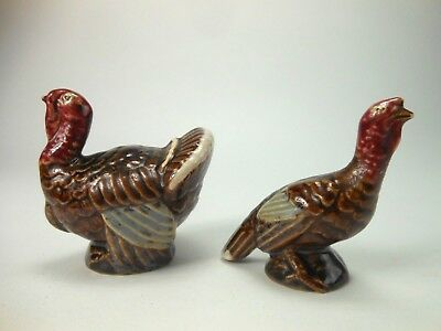 Vintage Pottery Turkeys Thanksgiving Salt and Pepper Shakers Turkey Figural