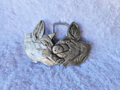 Vintage Pigs In Love Smooching Kiss Sow Silver Toned Belt Buckle Cast Metal Gift