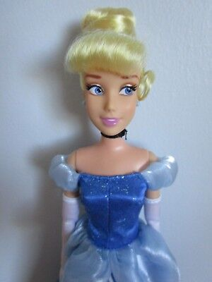 """Disney Store CINDERELLA Classic Doll 11""""  Fully Articulate Poseable"""