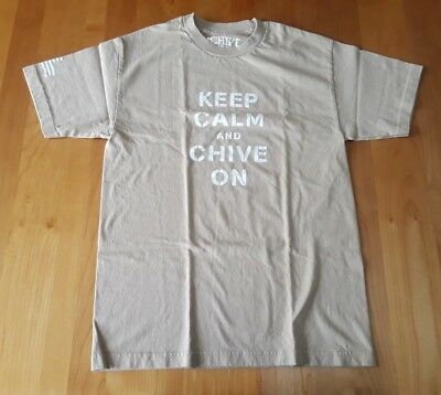 4b1ef9cfa98 The Chivery Mens Medium Tan Keep Calm Chive On T-Shirt USA Made Excellent