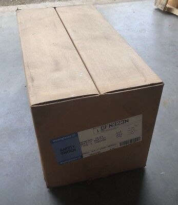 New Westinghouse Gfn323N 2 Pole 3 Wire 100 Amp 240V Fusible Disconnect Switch