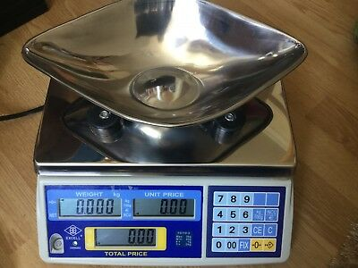 Excell Digital Retail Weighing Scales with scoop / Sweets/Butchers/fruit