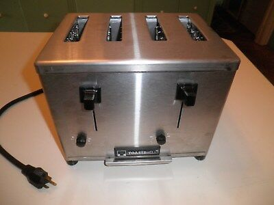 TOASTSWELL 4-SLICE COMMERCIAL TOASTER 9A-BTM4B  New never used