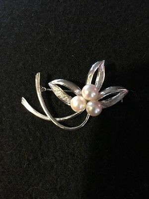 """Vintage  Pearl Pin Brooch Rare - Silver stamped with 3 Pearls  1 7/8"""" Wide"""