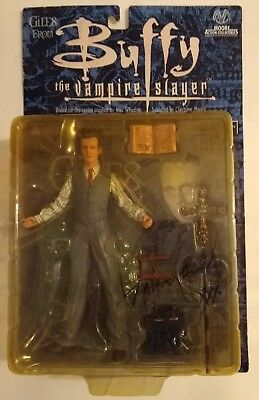 AUTOGRAPHED Giles Action Figure Buffy the Vampire Slayer Moore Collectibles NEW