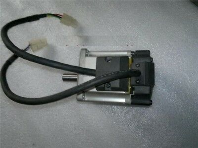 Used 1 Pcs R88M-G20030H-B Omron Servo Motor Good Condition uy