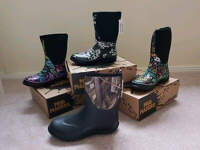 woman and mens gumboots