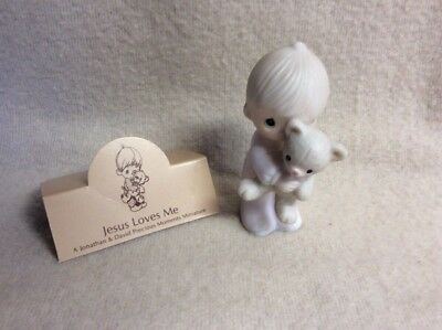 Enesco Precious Moments Jesus Loves Me E-9278 Boy with Teddy Bear