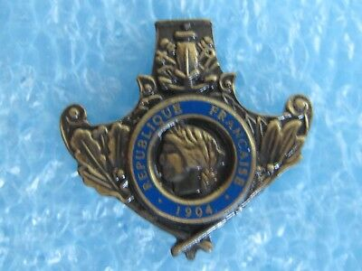 pin's MILITAIRE REPUBLIQUE FRANCAISE 1904