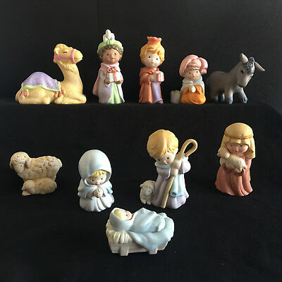 Vintage Avon Holy Family Christmas Nativity Collection Heavenly Blessings 1986