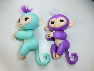 Fingerlings, two Interactive Pets