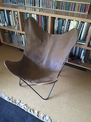 Vintage BUTTERFLY CHAIR / MID CENTURY MODERN