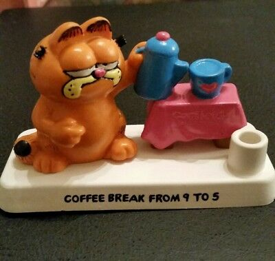 "Vintage Bully Garfield Figure / pen holder ""Coffee break from 9 to 5 """