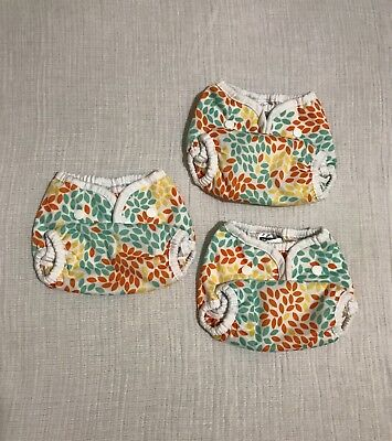 Thirsties Duo Wraps. Fallen Leaves, Size 1 - snaps