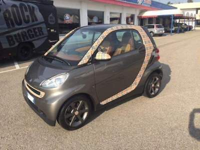 Smart forTwo 800 40 kW pulse cdi Burberry Tribute euro 5A