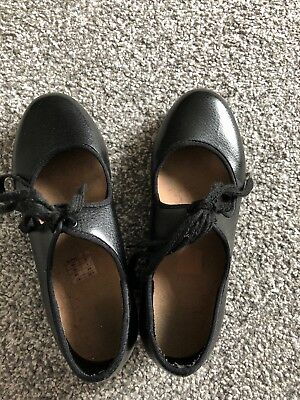 Girls Bloch Tap Shoes Size 2. Used But Good Condition.