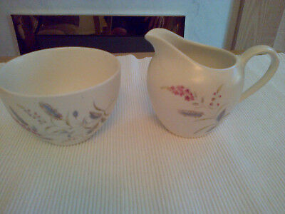 Vintage J&G Meakin Milk /Cream Jug & Sugar Bowl.
