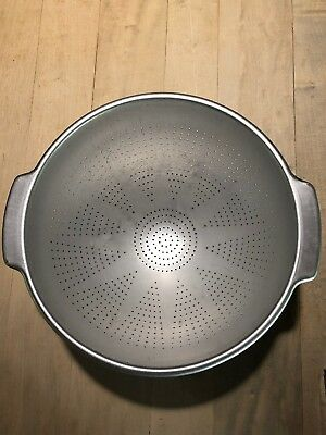 Vintage Wear-Ever Large Aluminum Colander / Strainer 3 Foot # 3125 Clean,Lovely!