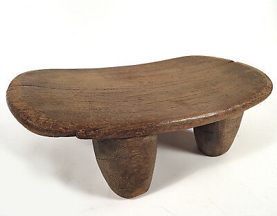 African hand-carved Senufo stool, native use, SEN205