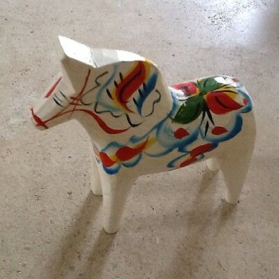 White Swedish Dala Horse Nils Olsson 5 1/4 In Tall