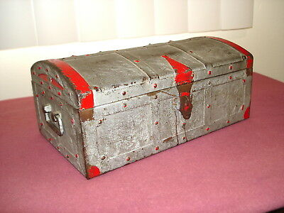 Vintage Kennedy Mfg. Co. Metal Pirates Treasre Chest-Candy Container