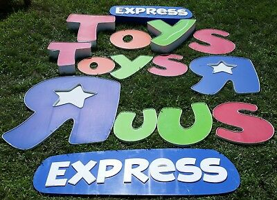 Toys R Us Express Outlet - Store Sign Letters Sands Shopping Center Oceanside NY