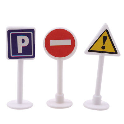 9pcs Street Signs Play Toy Traffic Signs Play Set Children Play Toy one