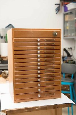 BERGEON  Watchmakers chest of drawers Cabinet containing for tools and parts