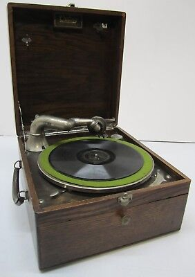 Vtg Antique Outing Talking Machine Hand Crank Portable Phonograph Record Player