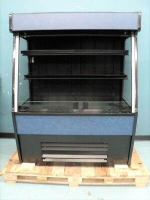 Refrigerated Self-Service Case / Grab and Go