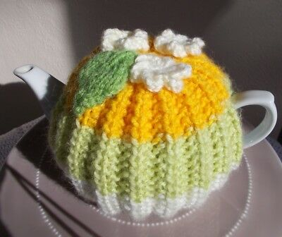 Tea Cosy.  Hand Knitted 2 - 4 Cup Tea Cosy. (Cosie - Cozy)