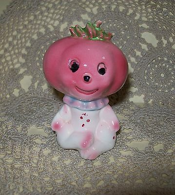VINTAGE c.1950s CERAMIC KITSCH 'ONION BABY' SALT or PEPPER SHAKER 10cm