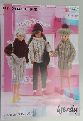 Fashion Doll Outfits. 4 leaflets with patterns for dolls clothes.