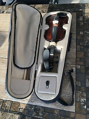 Violin 1/4, Case And Bow