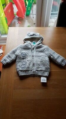 Disney Winnie the Pooh Jumper/Cardigan Age 0 -3 Months New With Tags