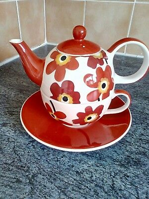 Whittard Of Chelsea Red & White Foral Tea For One Set