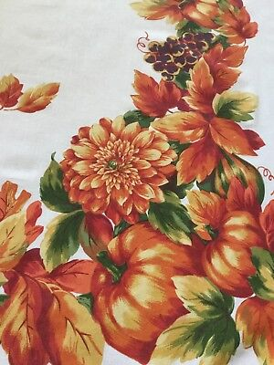 Vintage Fall/Thanksgiving tablecloth 68Lx50W Bold beautiful graphics Pumpkins
