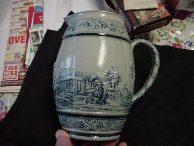 Large White's of Utica Hunt Scene pitcher-sharp details-great condition