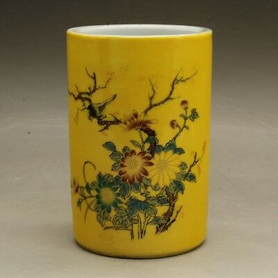 Chinese old hand carved porcelain famille rose flower pattern brush pot c02