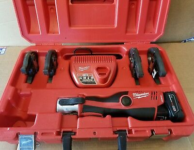 """Milwaukee 2473-22 M12 Force Logic Press Tool With 4 Jaws 1/2"""" 3/4"""" 1"""" And 1-1/4"""""""