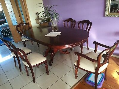 Vintage dinning table and chairs.