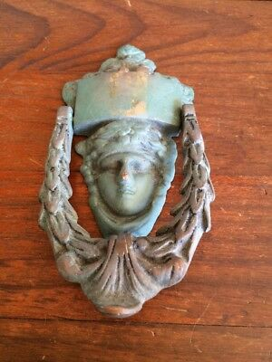 ANTIQUE HEAVY BRASS / BRONZE DOOR KNOCKER. ESTATE ITEM. 200mm x 100mm.