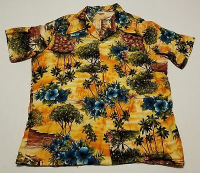 9cd4eae6b71bd Vintage 1970s TownCraft JCPenney Hawaiian Made in California USA Mens XL  Shirt