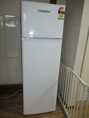 Refrigerator Fisher Paykel 248L Frost free