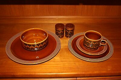 Hornsea Heirloom dinner set  Setting for 6 plus extras all i great condition