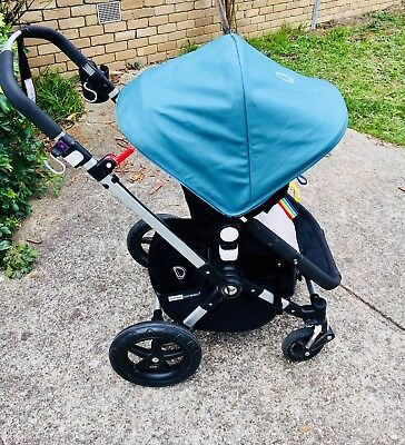 Bugaboo Cameleon Petrol Blue with many accessories