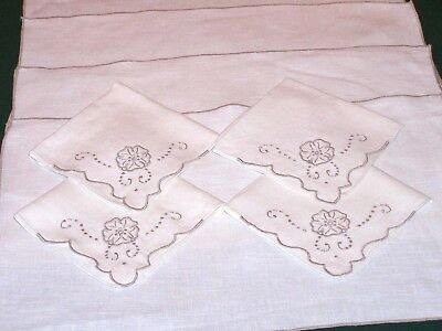 4 VINTAGE MADEIRA EMBROIDERED LINEN PLACEMATS, NAPKINS, EX. CONDITION, c1940