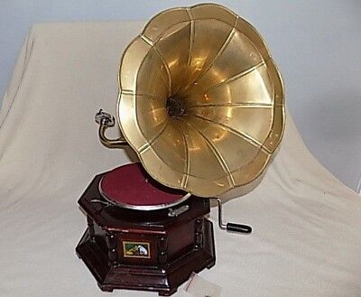 """HMV """"His Masters Voice"""" Wind Up Gramophone: Sound Box Reproduction"""